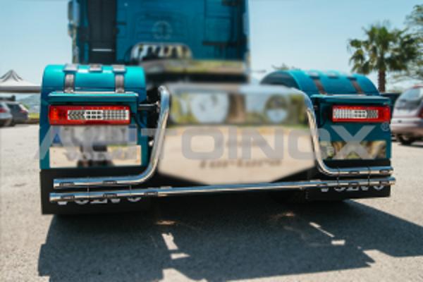 Barra parachoques trasero acero inoxidable Volvo Fh 4