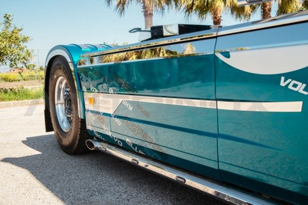 Embellecedor carenado lateral Volvo Fh 4 acero inoxidable