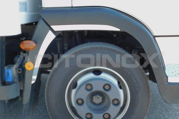 aplicacion guardabarros delantero lateral iveco eurocargo new model