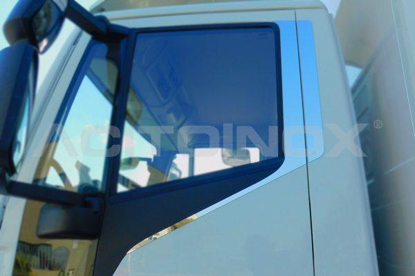 aplicacion revestimeinto puerta iveco eurocargo new model
