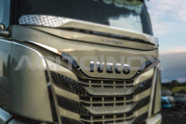 perfil sobre calandra superior acero inoxidable iveco sway