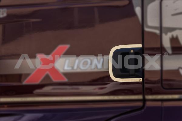 Perfiles manetas en acero inoxidable Man TGX Euro 6